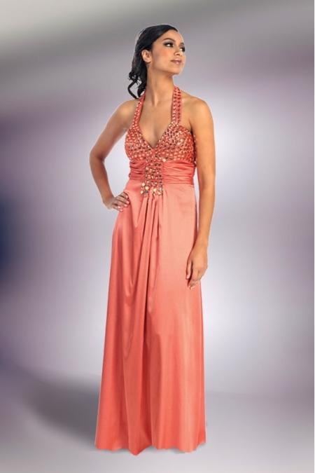 de43f4256cf1 Vylepeno.cz - Nádherné plesové šaty z USA Bazar.