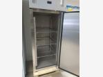 Bazar.Vylepeno.cz - Nerezová skříňová lednice 650